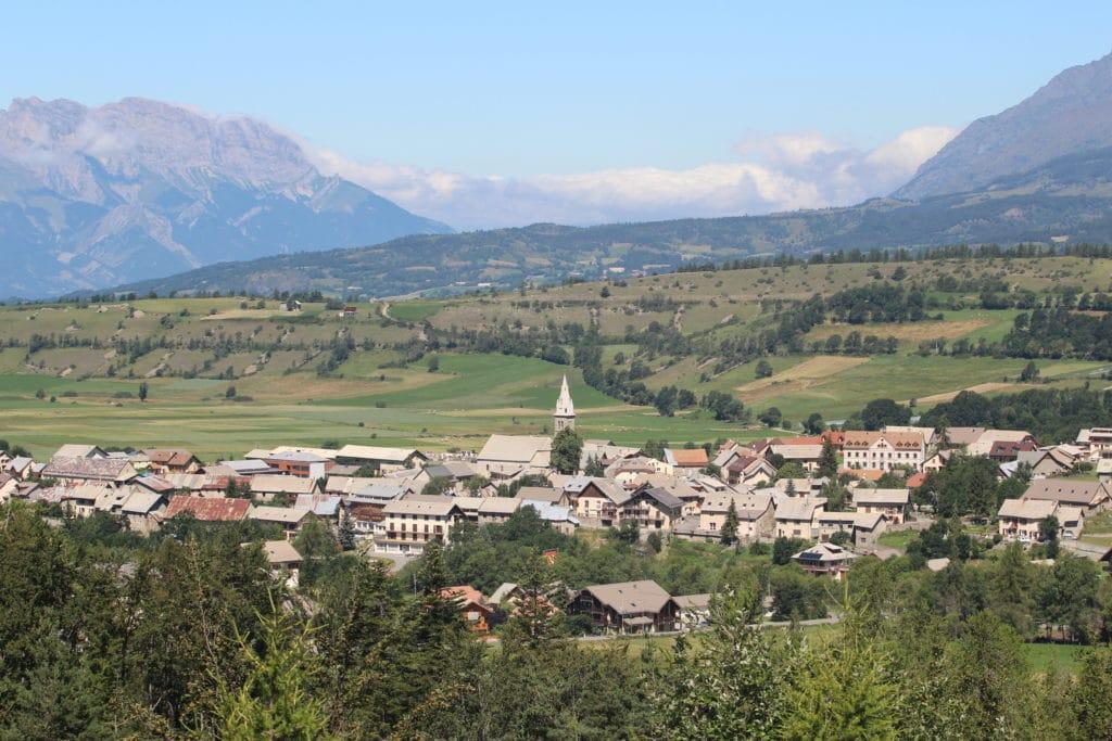 Village Ancelle Mairie Champsaur Valgaudemar Hautes Alpes Ancelle Station