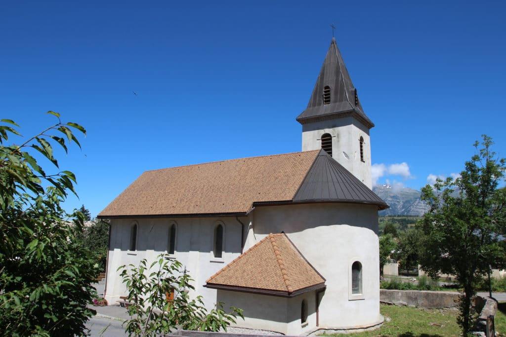 Eglise Ancelle Mairie Champsaur Valgaudemar Hautes Alpes Ancelle Station
